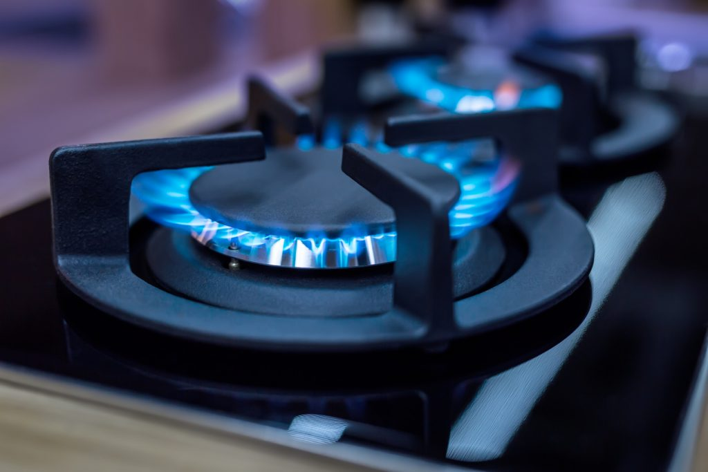 What happens if you use propane on a natural gas stove